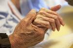 Żyjemy dłużej, ale za jaką cenę? [© Tsuboya - Fotolia.com]