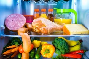 Żywność nie lubi upałów [Fot. Andrey Armyagov - Fotolia.com]
