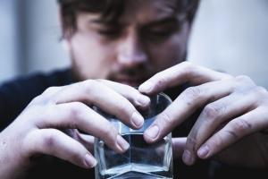 Światowa organizacja Zdrowia: alkohol odpowiada za 5 procent wszystkich zgonÃłw [Fot. zwiebackesser - Fotolia.com]